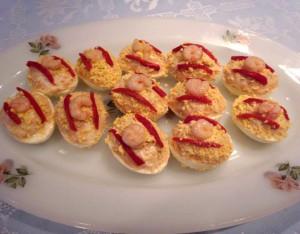 Eggs stuffed with Tuna from Cantabric sea